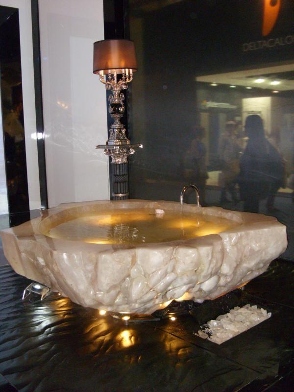 amazing-bath-tub-2