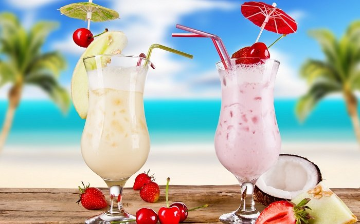 Milk-Shake Fruit-Coconut-Strawberry