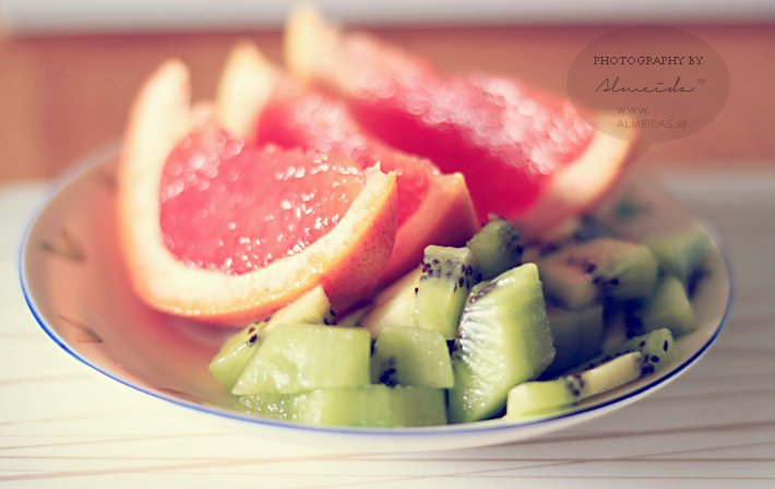 Healthy fruits for breakfast