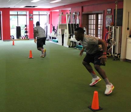 football-workout-shuffle sprint