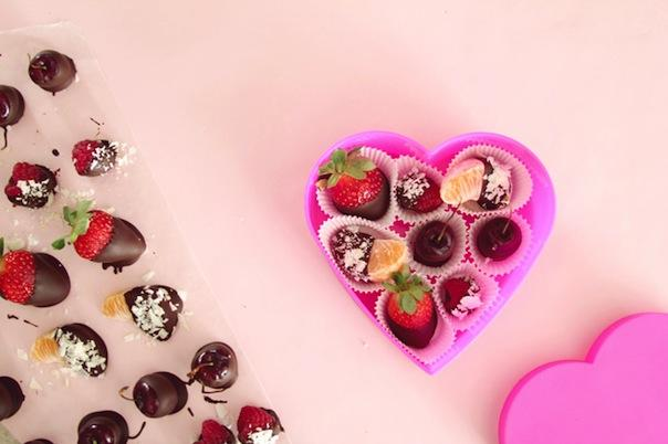 Valentine's Day Recipe: Fruit Chocolate Box