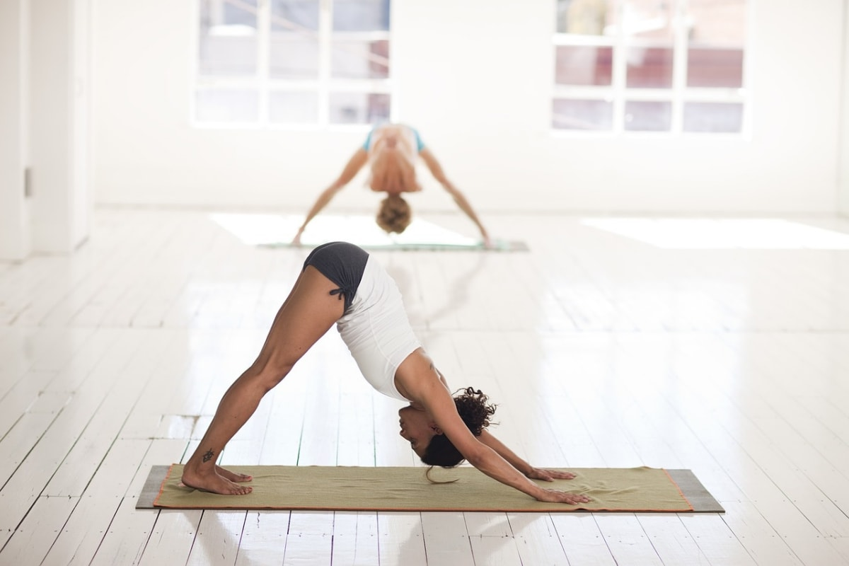 Hottest Yoga Poses That Make You Better In Bed - Fitneass
