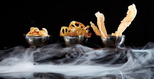 Liquid-nitrogen-made foods