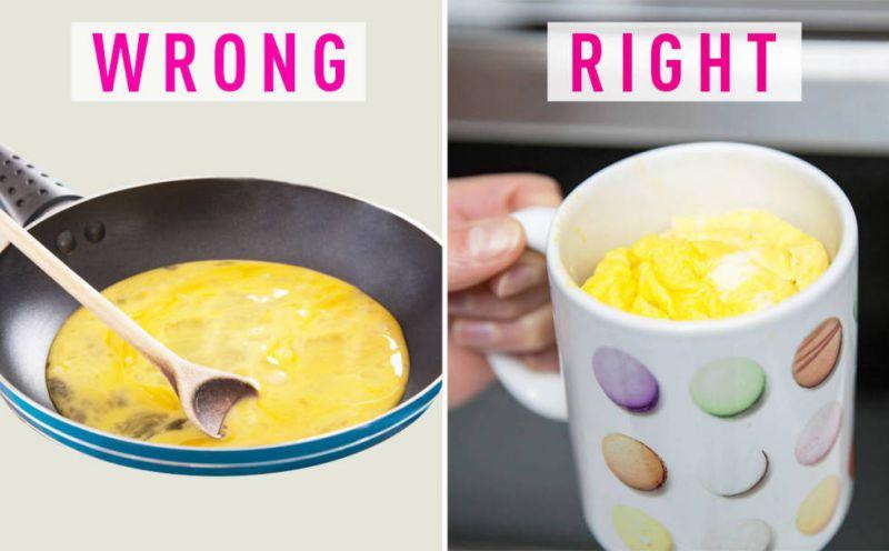 Fry Eggs In A Mug