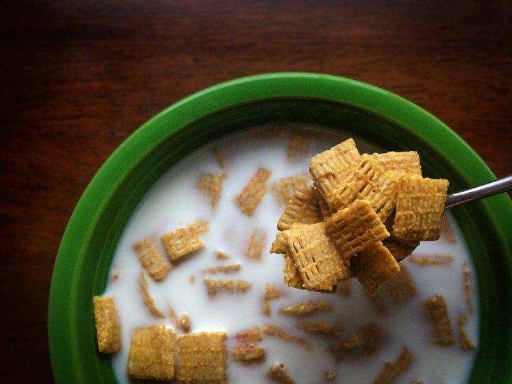 Worst Breakfast Foods - Cereals with milk