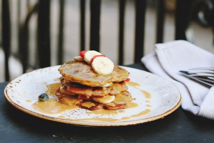 Worst Breakfast Foods - Pancakes with syrup
