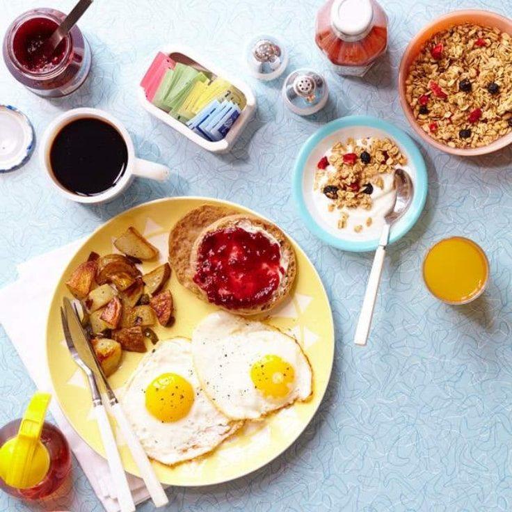 Lifestyle Tweaks To Lose Weight - Healthy Breakfast