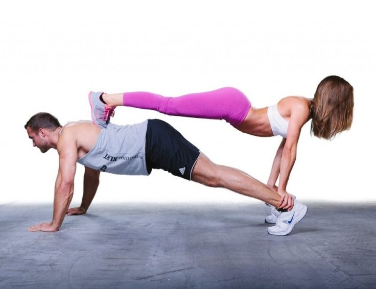 No-Weight Couple Workouts