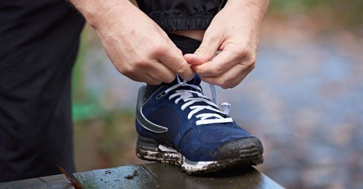 Fat People Struggle With Tying Their Shoes