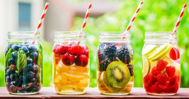 10 Delicious Detox Water Recipes