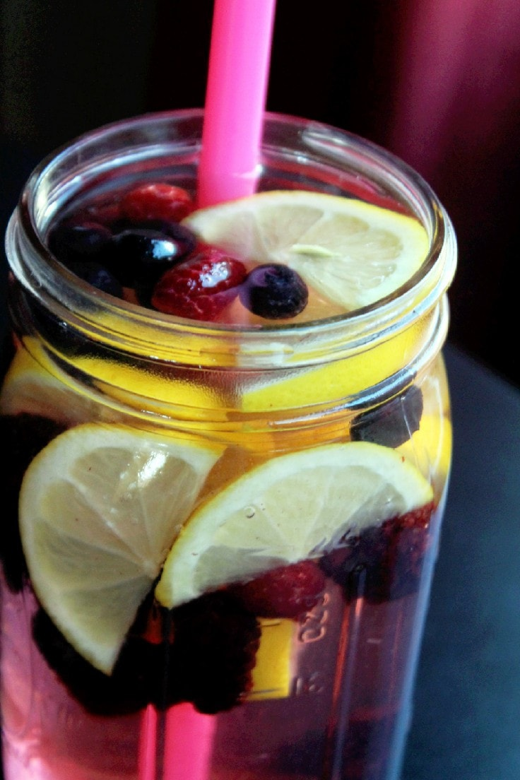 Detox Water Recipes - Lemon and Berries