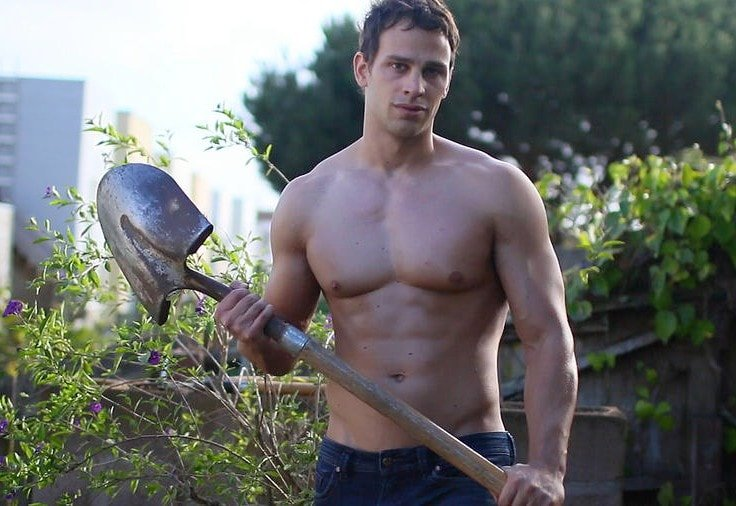 Gardening Is A Total Workout - Works Chest Muscles