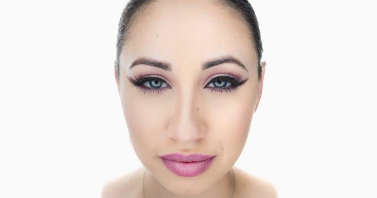 Makeup To Look Your Best In Outdoor Photos