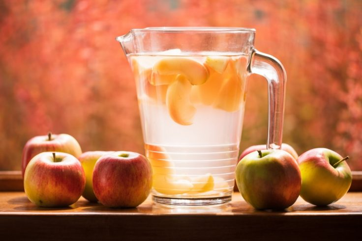 Apple-Infused Water Lowers Cholesterol
