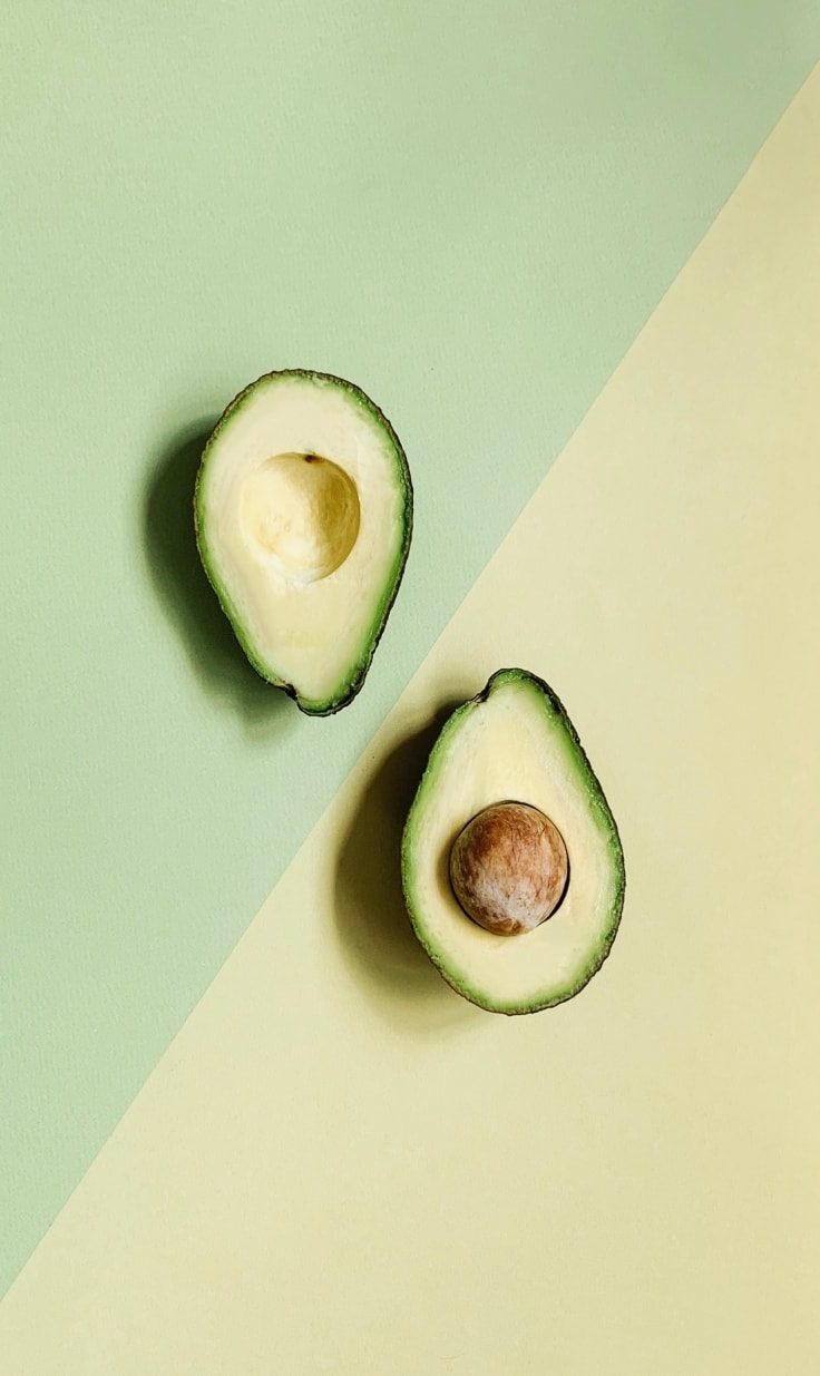 Avocado and healthy fats improve your bowel movement
