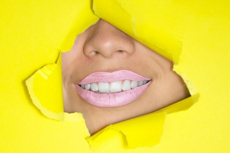 Most Effective Ways To Whiten Your Teeth At Home